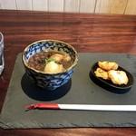 TAKAMIOKAKI - 焼き餅2個のぜんざい「1個でも可」、おかき付いています(2018.1.4)