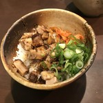 金久右衛門 - 豚丼(小)