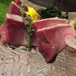 北勝 - 料理写真:鰤の刺身