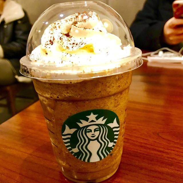 スターバックス・コーヒー ラゾーナ川崎店 - ダーク モカ チップ フラペチーノ。 税込529円。 美味し。