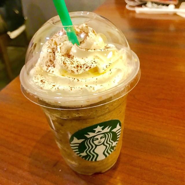 スターバックス・コーヒー ラゾーナ川崎店 - ダーク モカ チップ フラペチーノ。 美味し。