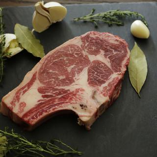 USから取り寄せた厳選の熟成肉を味わえる