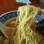 中華そば 青葉 - 中華そば 麺リフト