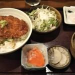 78927590 - 醤油カツ丼 850円♪