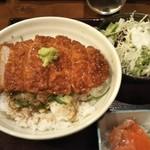 78927591 - 醤油カツ丼 850円♪