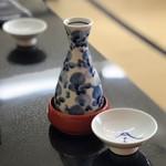 駿河屋 - 日本酒は長命泉純米吟醸 580円(税別)