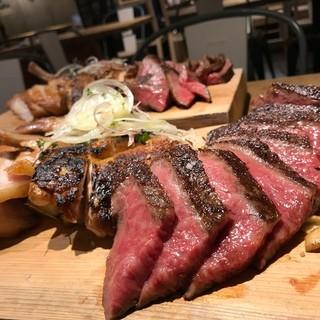 黒毛和牛A5ランクのお肉のその日一番いい部位を仕入れてご提供