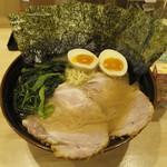 横浜ラーメン 北村家 - 料理写真:青葉盛り(大)(1000円)