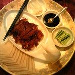 7893226 - 北京ダック半身分、大好きな料理を食うと幸せである