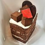 洋菓子のファームソレイユ - 生チョコケーキ 410円