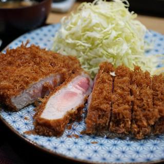 とんかつ 鉄 - 料理写真:特上ロースかつ定食