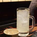 居酒や 四ツ屋 - レモンサワー@290円+税
