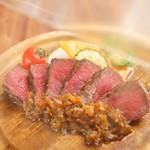お肉と魚と貝のどれもこれも - 熟成肉のスモーク