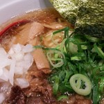 神戸肉そば 灘八 - ぼっかけかすラーメン