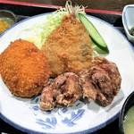 気まぐれ - 日暮里・四季旬菜氣まぐれ鶏からミックス(アジ・コロッケ・とりから)780円近景