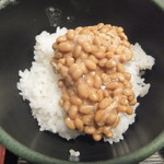 ゆで太郎 - ご飯に納豆のみを入れる(2017.12.7)