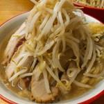 麺屋べべ - 料理写真:特製ラーメン