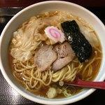中華蕎麦 金魚 - ワンタンメン 820円