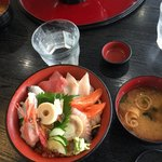 村上水産 - 海鮮丼