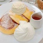 幸せのパンケーキ - 幸せのパンケーキ♡+ホイップクリーム 1200円