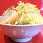 ラーメン二郎 - 料理写真:ラーメン小+野菜チョイ増しニンニク多め