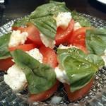 DAIGOMI - 本日のモッツァレラと国産トマトのカプレーゼ