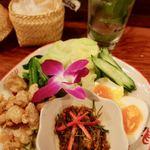 タイ東北料理イサーンキッチン - ナンプリックパラー 750円