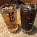 酔っ手羽横丁 - ウーロン茶とコカコーラ