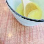 TOP's 360° - 美味だれステーキランチ のスープ