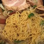 麺家 じゃんぷ亭 - 北海道から取り寄せるこだわりの縮れ麺
