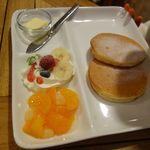 森のカフェひがしむきガーデンズ  - パンケーキのモーニング