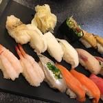 すしざんまい - お好み  お寿司盛り合わせ