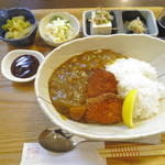 リゾム - カツカレー(800円)