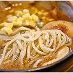 葱次郎 - ぷりぷり感と弾力が楽しい麺。