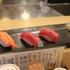 にぎり鮨 一五〇 - 料理写真:海老・マグロ