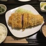 78988767 - 霧降高原豚特ロースかつ(250g)定食2620円