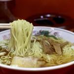松楽 - 麺リフト