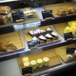 お菓子処 たんぽぽ - スイーツケース