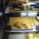 お菓子処 たんぽぽ - 料理写真:アップルパイ&マロンパイ