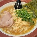 誠屋 - 料理写真:ラーメン細麺