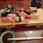 鮨、季節の料理 青山 - 料理写真:上鮨 2,160円