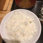 からあげ日本一 - ご飯と味噌汁