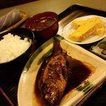 美加久 - 鮎魚女煮付定食