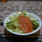 パーラーレストラン モモヤ - サラダ