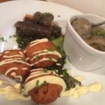 自然派ダイニング ベアグリーン - 前菜プレート:牛蒡と人参の南蛮漬、鯵のつみれ汁、里芋と豆腐のさつま揚げ