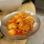 大衆焼肉 藤 - 白菜キムチ