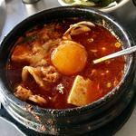 てじ韓 - 料理写真:チーズスンドゥブ (チーズは別皿でオーダー)
