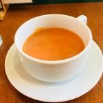 MAYA - セットのスープ。トマトスープです。