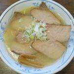 札幌らーめん 大心 - 塩ももチャーシュー麺のアップ