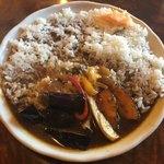 なつめコーヒー - 料理写真:日替わりカレー(揚げ野菜のカレー)